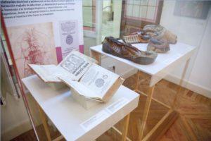 Sala 1 de la exposición Historia de la Urología Hispánica