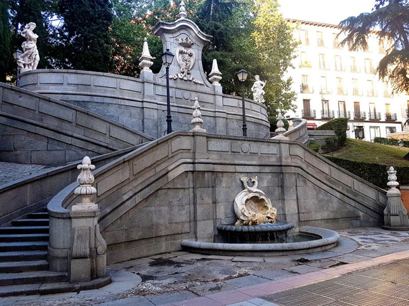 Monumento a Ferrán