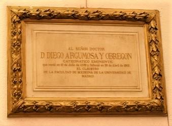 Placa en su memoria. Ilustre Colegio Oficial de Médicos de Madrid