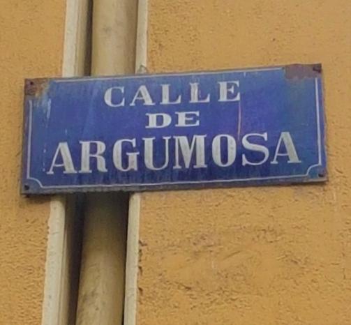 Placa calle Argumosa