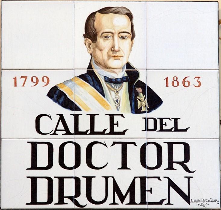Placa indicativa de la calle del Doctor Drumen en Madrid